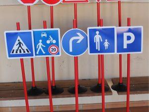 Jeu de 10 panneaux d'éducation routière à vélo - www.tousenroute.com