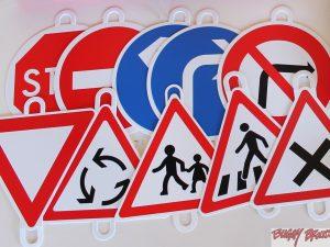 Visuels pour panneaux d'éducation routière - www.tousenroute.com