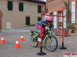 Portique pour circuit d'éducation routière à velos - www.tousenroute.com
