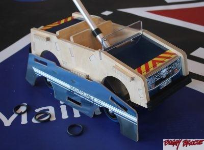 Jouet voiture de gendarmerie Buggy Brousse